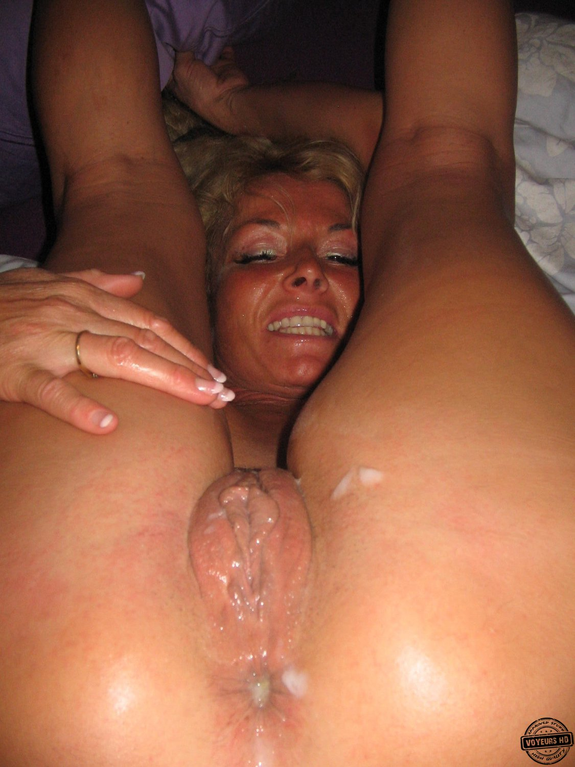 Milfs fucking the delivery 6