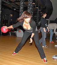 Bowling Downblouse