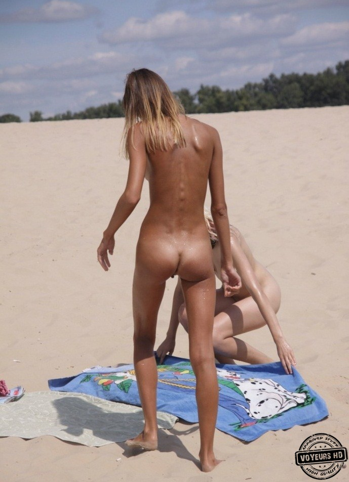 Nude Girls Caught On Beach - Voyeur Videos-9857