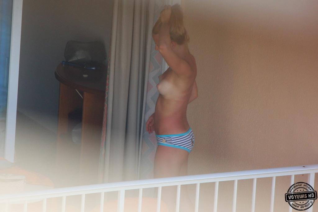 spy-on-neighbor-porn-pics-porn-big-booty-hardcore-photos