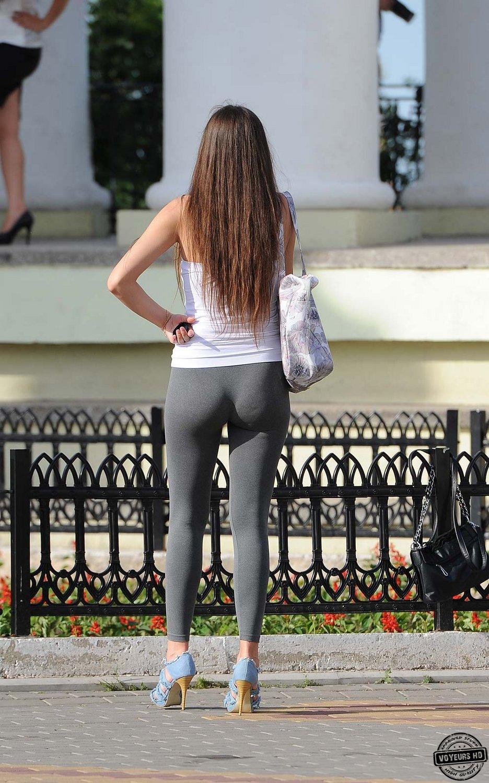 Sexy leggins ass