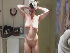 Busty girl spied nude in shower