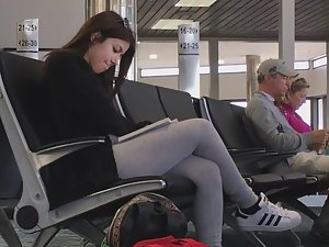 Peeping on hot chick waiting at airport