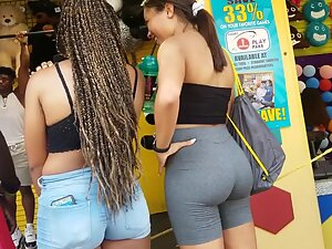 Two amazing bubble butts of hot girl friends