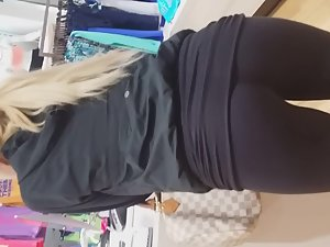 Super sexy milf bends over in store