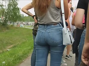 Hot ass in jeans before a concert
