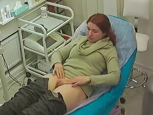 Spying on redhead getting her pussy smooth