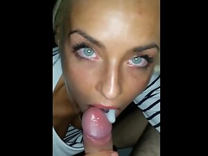 Amazing blonde gets fucked in her sweet mouth
