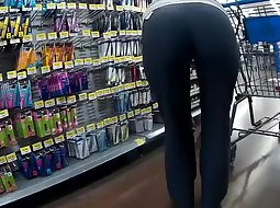 Ass that makes those pants tight