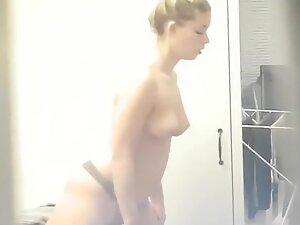 Peeping on neighbor exercising in her thong