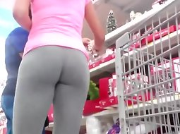 Tight ass in yoga pants