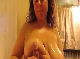 Busty housewife pleases a penis
