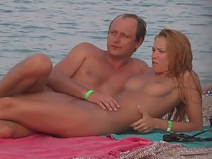 Flawless nudist girl is a gold digger