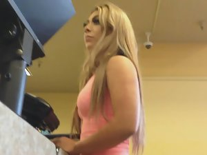 Unforgettable ass of stunning blonde