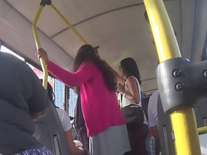 Unexpected hot upskirt in the bus