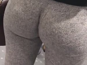 Round ass with leggings inside ass crack