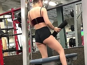 Petite shorty with awesome ass in gym