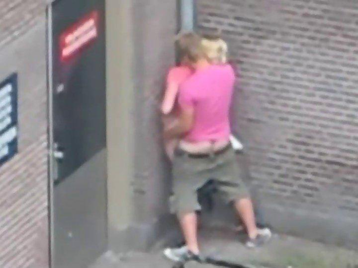 seks-na-ulitse-pri-vseh-foto-hvideos-lyubitelskie-roliki-ot-hozyayki-bitovoy-rab