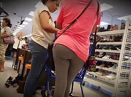 Big butts in the supermarket