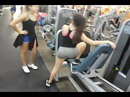 Brilliant Voyeur pictures girl working out