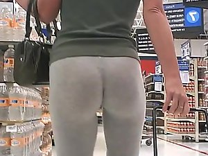 Epic ass in grey tights at the supermarket
