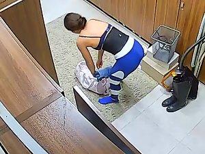 Fit girl caught by hidden camera in locker room