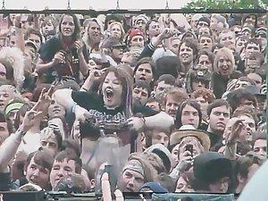 Crowd public flashing concert