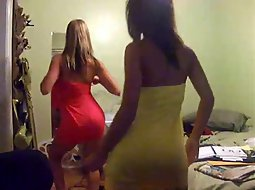 teens dancing slutty