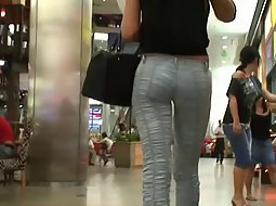 Lovely ass in very tight jeans