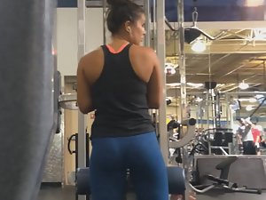 Spying on sexy strong woman in gym