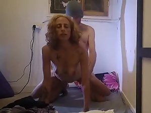Young man fucks a horny mature woman