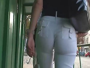 Tight pants deep inside of ass crack