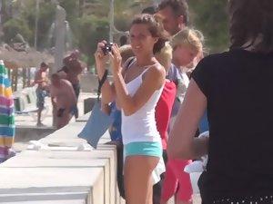 Sexy tourist girl got magnificent ass